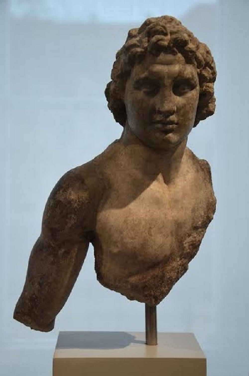 Upper body of a statuette of Alexander the Great, from Priene (Turkey), 200-150 BC, Altes Museum, Berlin